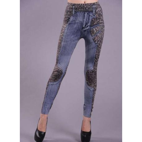 Leggin leopardo y jeans